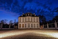 little Castle (nikolausbo) Tags: schloss brhl blauestunde