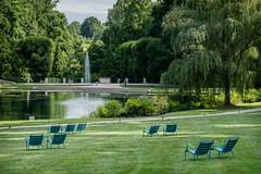 Longwood Gardens on a hot July morning (Walt Polley) Tags: 24120mmf4gednnikkor copyright2016waltpolley longwoodgardens pennsylvania