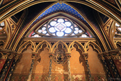 Sainte-Chapelle du Palais (tomosang R32m) Tags: paris france church gothic chapel stainedglass romain saintechapelle  catholique       saintechapelledupalais