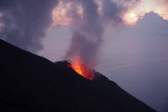 DSC_8325 (pmbguru) Tags: stromboli volcan volcano ruption lave lava sicile