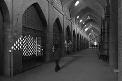 L1010408 (The Timeless Abyss) Tags: leica architecture square iran dome sheikh islamic isfahan 113 محمد meidan lotfollah atiq صراف kohne leicax