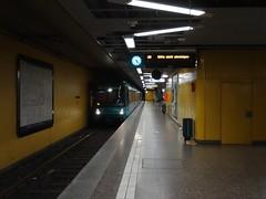 Frankfurt am Main - Sdbahnhof (IngolfBLN) Tags: light station germany underground subway u2 deutschland hessen metro frankfurt ubahnhof main 14 eisenbahn rail railway bahnhof 15 db ubahn u1 16 sbahn s3 bahn u3 s4 sachsenhausen s5 pnv s6 u8 offenbach sdbahnhof stadtbahn rmv sbahnhof vgf strasenbahn