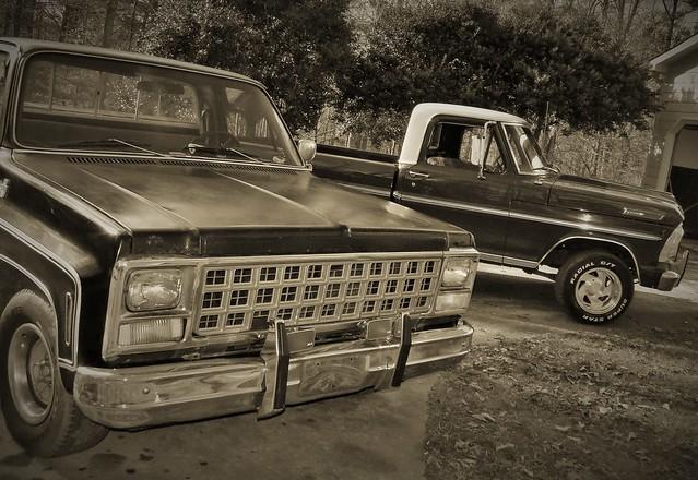 old blackandwhite classic truck pickup f100 silverado 1970ford vtntage 1980chevorlet