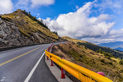 Highest Highway In Taiwan (Nantou, Taiwan) (Heikki Matti Aaltonen) Tags: road wild mountain nikon highway taiwan sunny bluesky colourful fx nantou 2015 d610 highway14 hehuanshan 2450mm