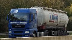D - Link Baustoffe MAN TGX 18.440 XLX (BonsaiTruck) Tags: man silo camion link trucks bulk lorries lkw ffb baustoffe tgx feldbinder powdertank iterne