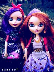 Poppy & Holly OHair (seiya_mooncat) Tags: photo twins doll dolls photoshoot photos rapunzel mattel basic 2015 eah everafterhigh osalina hollyohair poppyohair daughterofrapunzel everafterhigh2015