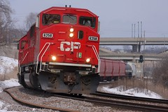 CP 6258 (binsiff) Tags: snow wisconsin train track rail milwaukee canadianpacific cp curve grandave 484 emd sd60m