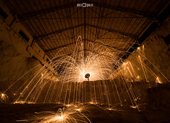 Almacn de ridos (PacoQT) Tags: longexposure lightpainting abandoned industry night fire industrial decay nave fabric fuego cemento industria abandono fbrica lightart clinker sparkes chispas largaexposicin lightpaint ridos almacn pacoqt pacoquiles lanadeacero