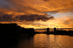 Abendrot / Afterglow: The yellow edition (Pascal Volk) Tags: sunset sky berlin skyline clouds 35mm kreuzberg twilight sonnenuntergang sundown himmel wolken wideangle wa dmmerung ww friedrichshain cloudporn fireinthesky afterglow superwideangle abendrot oberbaumbrcke sww uwa weitwinkel swa ultrawideangle fhain xberg uww ultraweitwinkel superweitwinkel hiwosomoshots canonef1635mmf4lisusm canoneos6d berlinfriedrichshainkreuzberg