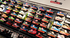 Never stop running (roomman) Tags: new sports sport shop training fun shoe big shoes poland polska running run trainers shelf size huge warsaw inside choice trainer warszawa runningshoes neutral shelve 2016 sklep kabaty ursynow runningshoe neutralne biegaczy biegacza sklepbiegacza trainingowe sklepbiegaczapl
