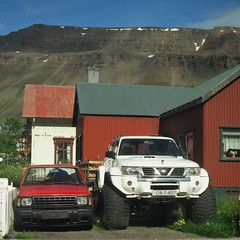 Nissans big and small (35mmMan) Tags: iceland 2016 nikon dslr d5300 isafjordur westfjords cars 4x4 fjords big tyres nissan patrol