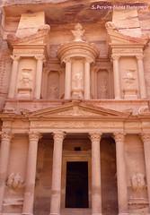 Petra, Jordan, The Summit of Emotions (ssspnnn) Tags: jordan jordania petra albatra nabateo snunes spnunes spereiranunes nunes spereira lumixfz200 panasonic arqueologia unesco wow