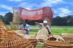 Making fishing equipment, Bangladesh (MRF Rayhan) Tags: fishing fishingequipment bangladesh flickr flickriver people human chai 2016 august2016