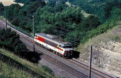 15029  Jaulny  21.07.90 (w. + h. brutzer) Tags: jaulny eisenbahn eisenbahnen train trains frankreich france railway elok eloks lokomotive locomotive zug 15000 sncf webru analog nikon