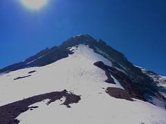 Summit from 9000 ft level (mmcg6302) Tags: mount hood oregon cooper spur hiking