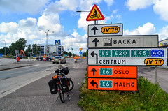 Gteborg (jbdodane) Tags: city cycletouring cyclotourisme europe freewheelycom goteborg road signs sweden jbcyclingnordkapp