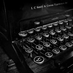 (275/366) Typewriter (CarusoPhoto) Tags: bw typewriter square format vintage retro classic iphone 6 plus john caruso carusophoto photo day project 365 366