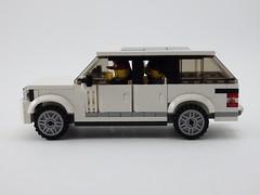 Range Rover SVAutobiography - Side View (wooootles) Tags: svautobiography landrover rangerover legomoc lego moc suv legosuv ultraluxury