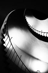 (formwandlah) Tags: kaiserslautern wendeltreppe spiral staircase treppe goldener schnitt dark gloomy strange architecture architektur melancholic melancholisch mysterious mysteris night nacht noir urban city abstrakt abstract sureal bizarr skurril darkness light shadow shadows schatten bw blackwhite black white sw monochrom high contrast ricoh gr pentax formwandlah thorsten prinz einfarbig kreis rund fotorahmen surreal textur kurve