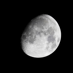 Moon in 2nd quarter (mkk707) Tags: canoneos600d telescope refractor moon crater astrophotography