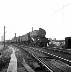 10 48374 passing 8A Edge Hill. Photo by Ian img501 (Clementinos2009) Tags: steamlocomotives northernengland 1968 8aedgehillliverpool 48374