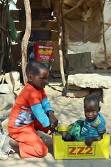 DSC_5998 (stephanelhote) Tags: portraits enfants paysages etosha okavango flore fleuve afrique faune namibie zambie himbas zambèze