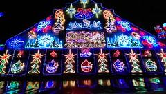 Christmas Lights (P i j u s h) Tags: christmas blue light red party green norway night canon stavanger pub hills beverly das 600d pijush