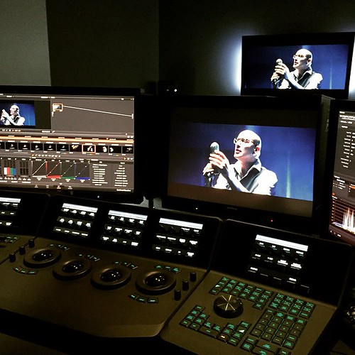 Time to do some color grading in #Davinci for the new videoclip #DreamersDontSleep. Too many buttons to press 😰 #dreamshade