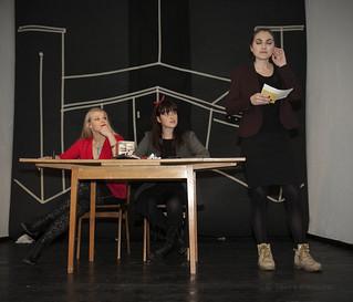Improskupina V peto gre rado, otvoritev Lezbične četrti, Galerija Škuc, 8.12.2014