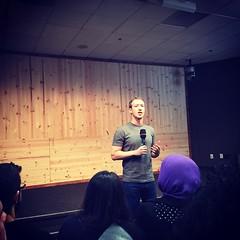 Chegamos ao Mark zuckerberg! Meu sócio Silvio em palestra no Facebook! Go #facebookpro