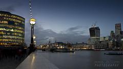 London blue hour (Andrea Rapisarda) Tags: longexposure london thames skyline river lights nikon dusk fiume panoramica londres luci bluehour 169 londra d800 tamigi crepuscolo ©allrightsreserved nikon28300mm