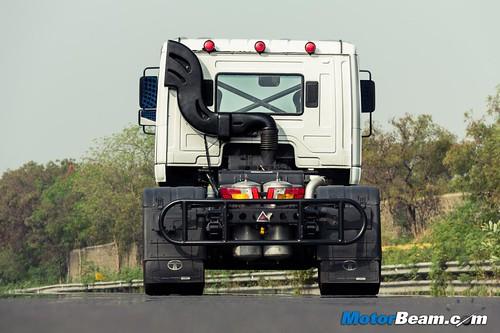 2015-Tata-T1-Prima-Racing-Truck-04