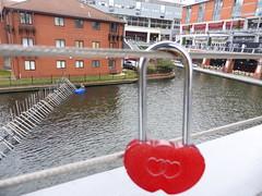 Love Lock (metrogogo) Tags: birmingham heart canals locked birminghamuk lovelock february14 loveheart