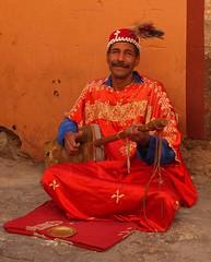 Berber sintir musician (lostforideas) Tags: musician morocco berber marrakech medina sintir hajhouj loutar guembri