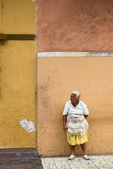 La Dama de Granada (PhoSograPhie) Tags: street nikon warm elderly granada third nicaragua nikkor d800 seora doa phosographie