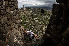 yunus climbing up (mdoughty68) Tags: roman byzantine ancient ruins historical turkey turkiye bergama pergamon