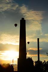double twins (victorlaszlo73) Tags: rostock mecklenburgvorpommern sonnenuntergang sunset wolkig cloudy ballons balloons schornsteine chimneys