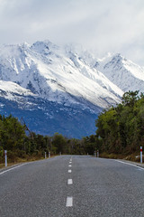 """""""Definitely the Southern Alps Toto"""" (Lathkill96) Tags: lakewakatipu mountains snow scenery landscape vanishingroad leadlines intothedistance snowcovered snowcoveredmountains"""