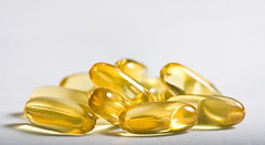 Fish oil and Omega-3 for beginners. http://ift.tt/2ciTrra fish oil, healthy food, omega-3, supplement (YamenAlrantese) Tags: fish oil healthy food omega3 supplement