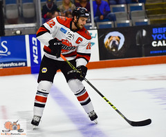 "Komets_Schaafsma_10_15_16_CAI-50 • <a style=""font-size:0.8em;"" href=""http://www.flickr.com/photos/134016632@N02/29738681753/"" target=""_blank"">View on Flickr</a>"