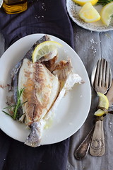 Dorada a la sal con limn y romero -  Salt Baked sea bream with Lemon, rosemary (Dolores (Mi Gran Diversion)) Tags: dorada pescado saludable sal limn romero salt bakedseabream lemon rosemary migrandiversion
