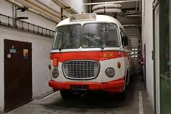 2015-08-28, Bratislava, Jurajov Dvor (Fototak) Tags: autobus skoda bratislava slovakia bus 236