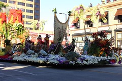 Rhythm of Hawaii by Dole Foods (Prayitno / Thank you for (11 millions +) views) Tags: california ca roses rose volcano hawaii foods decoration parade packaged tournament pasadena float dole rythm 2015 konomark