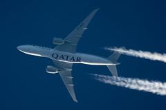 Qatar Airways Cargo Boeing 777-FDZ A7-BFE (Thames Air) Tags: qatar airways cargo boeing 777fdz a7bfe contrails telescope dobsonian overhead vapour trail