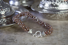 IMG_2417 (Bijouette) Tags: armband fashion vintage friendship handmade young bracelet teenager easy colourful chic boho beading beadwork beadcrochet bileklik   bijouette funandcake