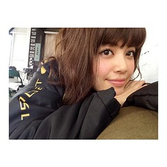 with撮影してるよ🌈👗👖 #kakiuchiayami#with#model#fashion#magazine#shooting#垣内彩未