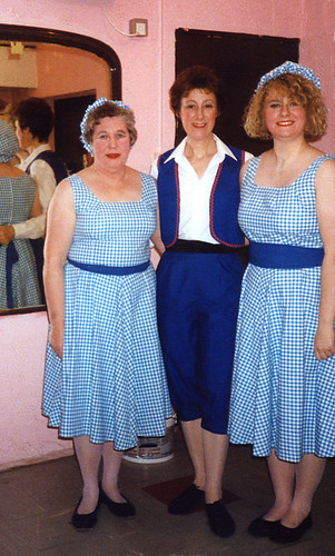1993 Goldilocks and the Three Bears 05 (from left Rita Hampton, Linda Ellis,x)