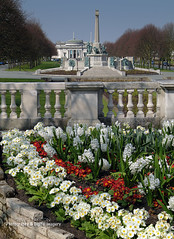 THE WAR MEMORIAL & LADY LEVER ART GALLERY (David Preston Photography & Digital Imagery) Tags: uk england spring warmemorial balustrade merseyside portsunlight hyacinths ladyleverartgallery thewirral polyanthuses