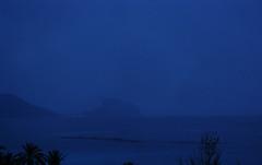 Solsticio Diciembre_21Dic2011 (lledomaria) Tags: alba amanecer aurora altea invierno diciembre crepúsculo calpe solsticio dilúculo equinocio peñóndeifach calendariosolar analema penyaldifach lubricán