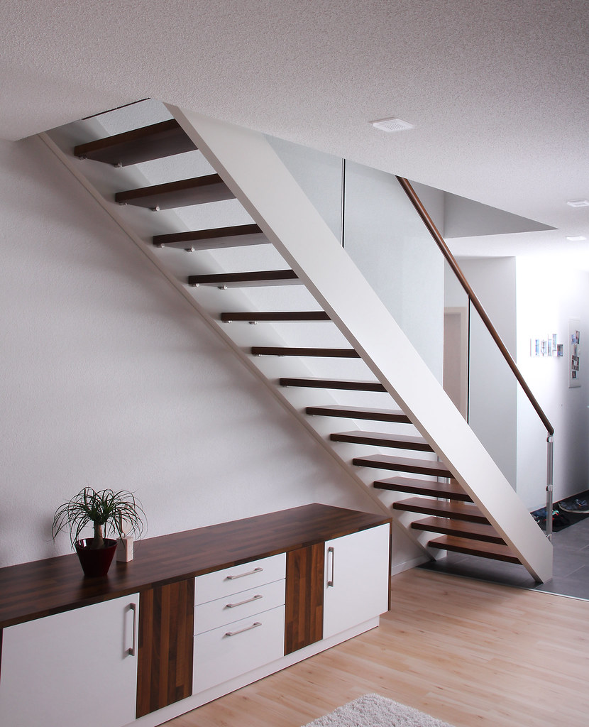 Bemerkenswert Schwebende Treppe Dekoration Von Treppemitglasgeländer (treppen Kreuzberger) Tags: Treppen Weis Glasgeländer